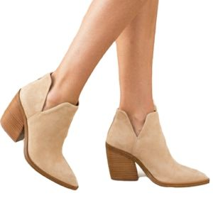 Vince Camuto Gigietta Suede Bootie Ankle Boot Tan